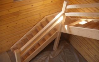 видео деревянных поворотных лестниц своими руками
